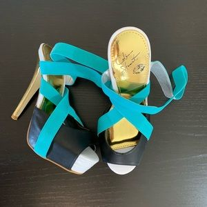Colin Stuart • Turquoise Strappy Heels Size 6B